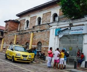 Los heridos fueron llevados al Hospital General de Barranquilla.