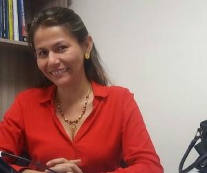 Érica Castaño desde su oficina en Biocosta.