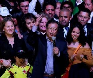 Gustavo Petro y su familia.