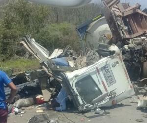 Las autoridades iniciaron las investigaciones del caso para establecer las causas del accidente de tránsito.