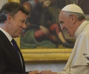 Juan Manuel Santos y el Papa Francisco.