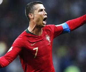 Cristiano Ronaldo fue la gran figura del partido al anotar tres goles.