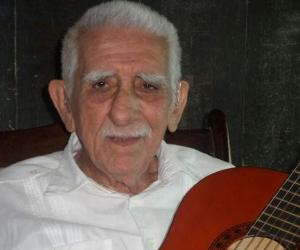 Julio Erazo Cuevas.
