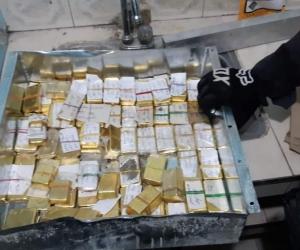 Lingotes de oro encontrados en Cali.