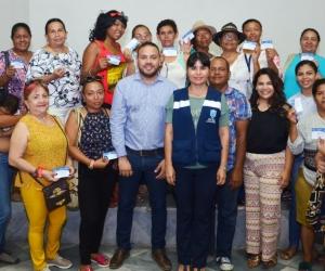 Participantes del Festival Gastronómico recibieron certificado de buenas prácticas de manufacturas.
