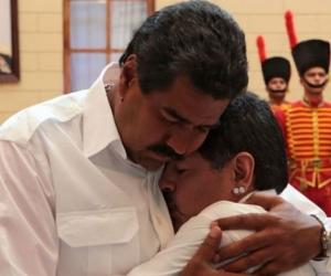 Maduro y Maradona.