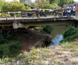Así está el puente que comunica los sectores de La Concepción y Los Guayacanes
