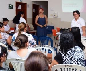 El taller para el diagnóstico de la violencia contra la mujer se realizó con la Fundación Rehabilitación Integral.