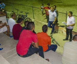 Organización del torneo de fútbol social.