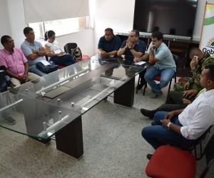 Aspecto de la reunión desarrollada en las instalaciones de la Alcadía de El Banco.