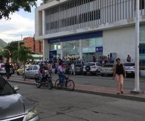 El temblor hizo que evacuaran varios edificios.