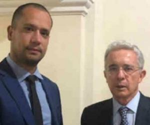Diego Cadena y Álvaro Uribe.