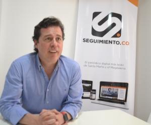Juan Manuel Galán, exsenador, durante su visita a la redacción de Seguimiento.co