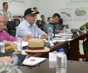 Presidente Iván Duque en un consejo de seguridad. Lo acompaña el Ministro de Defensa, Guillermo Botero.