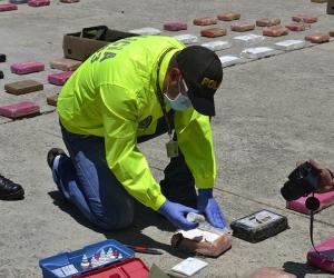 Los 608 kilos  clorhidrato de cocaína que fueron decomisados en el puerto de Santa Marta, tenían como destino Hamburgo, Alemania.