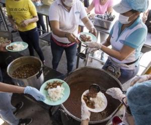 El PMA sirve 2.000 raciones de comidas diarias a venezolanos.