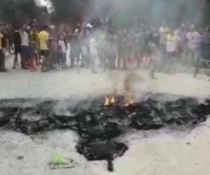 Aspecto de la protesta desarrollada en el municipio de El Retén.