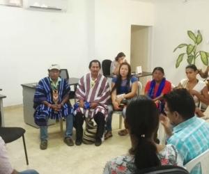 Reunión entre indígenas  y el Alto Consejero para la Sierra Nevada y la Zona Rural.