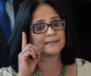 La ministra de la Mujer, la Familia y los Derechos Humanos en el gobierno de Jair Bolsonaro, Damares Alves.