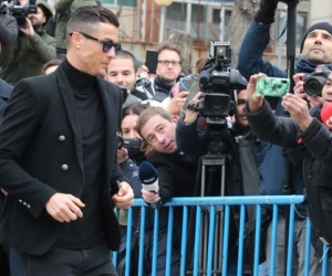 Cristiano Ronaldo saliendo de la audiencia.