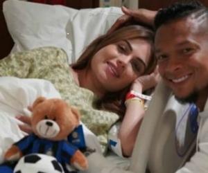 Sara Uribe y Freddy Guarín en la clínica