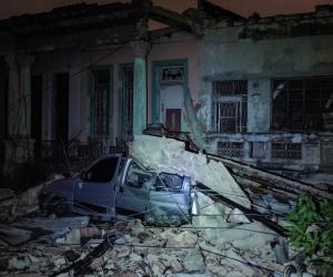 La Habana quedó llena de escombros, luego del fenómeno natural.