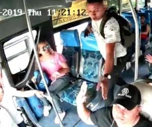 Atraco en bus