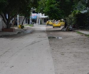 Calle 27 con carrera 14 barrio Los Alcázares