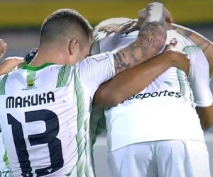 Jugadores del Bucaramanga celebrando.