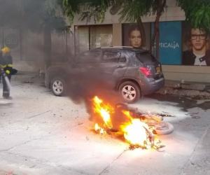 Moto incinerada.