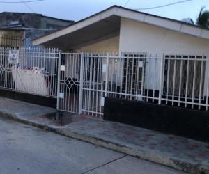 Casa incendiada en el barrio San Luis.