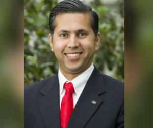 Asesor de la Nasa, Raj Khosla