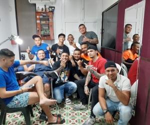 Tatuadores samarios que se unen para una buena causa