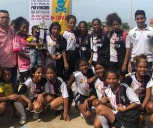Campeonato de fútbol en Puebloviejo