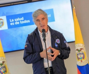 Juan Pablo Uribe, ministro de Salud.