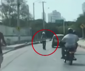 Taxista embistió a un agente de tránsito en Cartagena