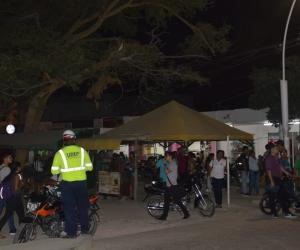 Operativos de recuperación del espacio público en los alrededores de Unimagdalena.