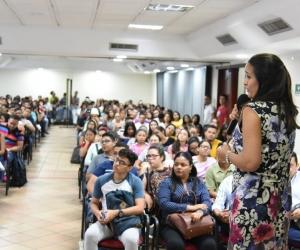 La Universidad del Magdalena abrió un espacio de reflexión con los panelistas invitados sobre la inversión extranjera, la cultura y el turismo en el departamento del Magdalena.