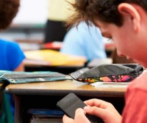 Polémica propuesta que busca prohibir el uso del celular en las aulas de los colegios Colombia