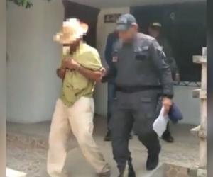 Campesino capturado, que luego fue puesto en libertad.