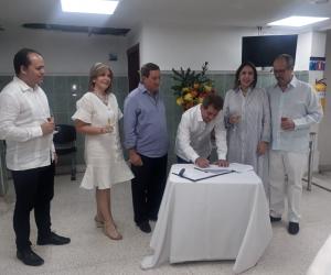 Firma del convenio entre las dos fundaciones del Caribe