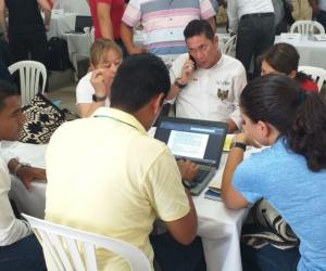 Mesas de trabajo en Aracataca, Magdalena