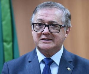 Ricardo Vélez.