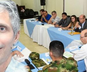 Jorge Escobar Silebi, procurador regional, siempre acompaña al alcalde encargado.