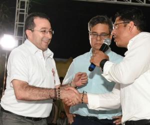 Momentos cuando se pactaba el convenio entre las dos instituciones que abrirán nuevas oportunidades a la juventud magdalenense.