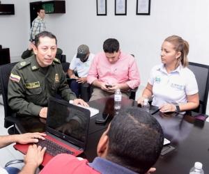 Reunion entre Essmar, la Policía Metropolitana y la Secretaría de Seguridad del Distrito.