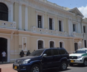 Los dos funcionarios se posesionarán este martes en la Alcaldía de Santa Marta.