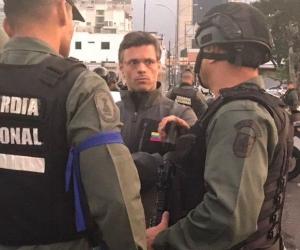 Leopoldo López, luego de ser liberado.
