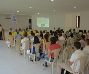 La instalación de la mesa pública se realizó en el Centro Cultural Alicia de Maestre.