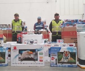 Autoridades realizan operativos en San Andresito de Santa Marta